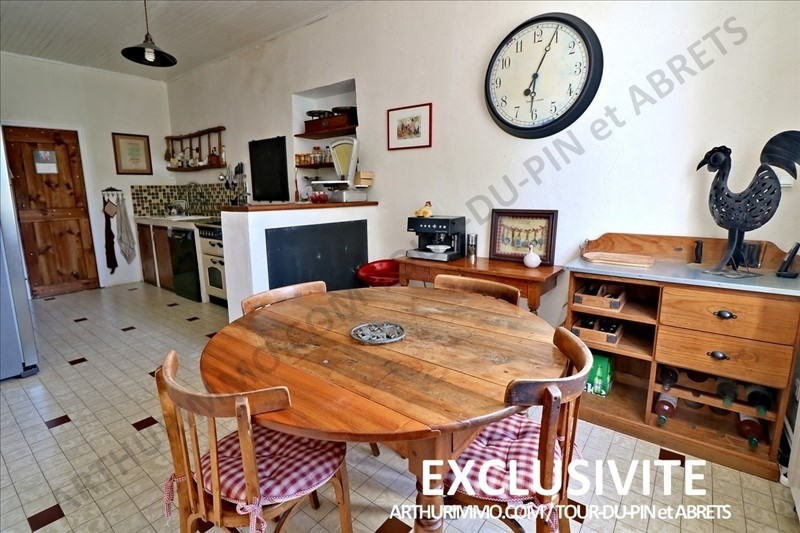 Sale house / villa La tour du pin 399 000€ - Picture 4