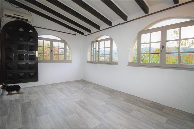 Sale house / villa Pietrosella 390000€ - Picture 2