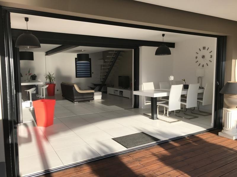 Deluxe sale house / villa St gilles les bains 880000€ - Picture 5