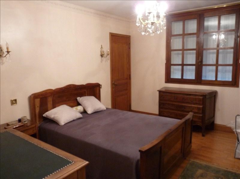 Sale house / villa Roquefort 315000€ - Picture 6