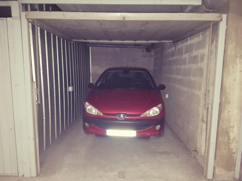 Location parking Lyon 7ème 70€ CC - Photo 1