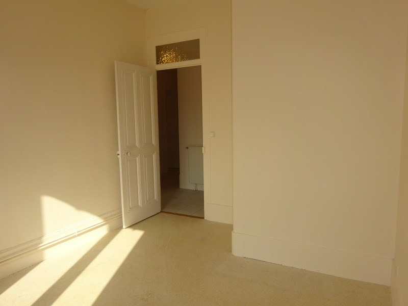 Rental apartment Oullins 720€ CC - Picture 5