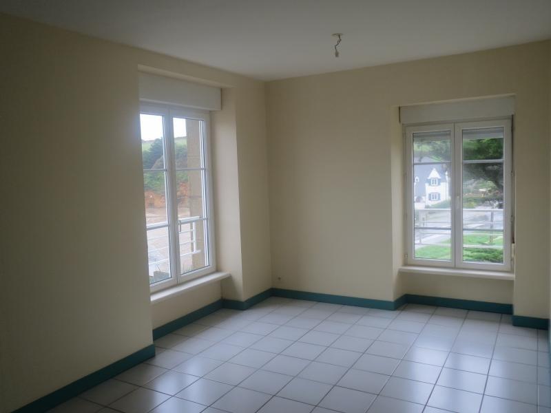 Location appartement Douarnenez 430€ CC - Photo 1