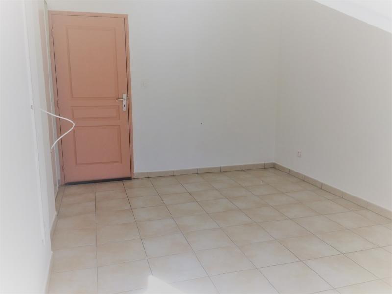 Produit d'investissement appartement Ste clotilde 220000€ - Photo 8