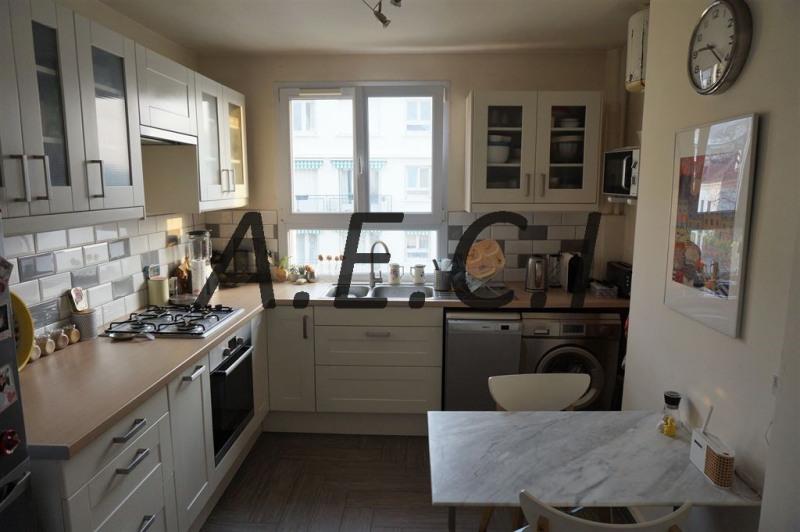 Sale apartment Courbevoie 475000€ - Picture 6