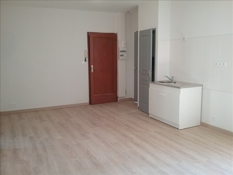Location appartement Lunel 510€ CC - Photo 2