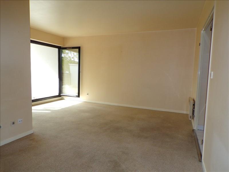 Sale apartment Voisins le bretonneux 215000€ - Picture 4