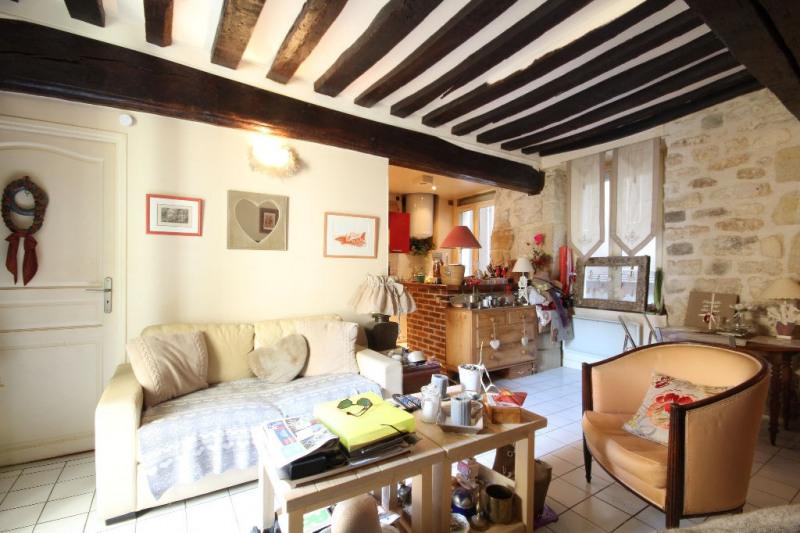 Sale apartment Saint germain en laye 252000€ - Picture 1
