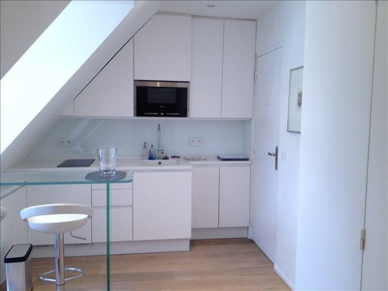 Locação apartamento Paris 7ème 1135€ CC - Fotografia 4