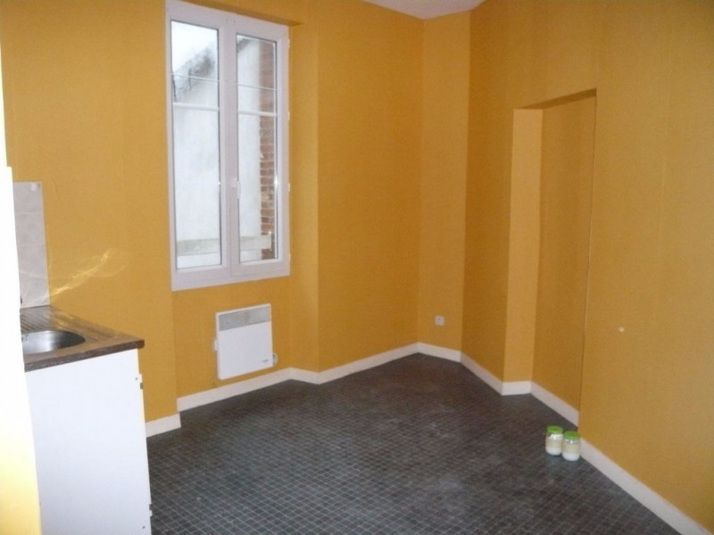Rental apartment Meslay du maine 245€ +CH - Picture 2