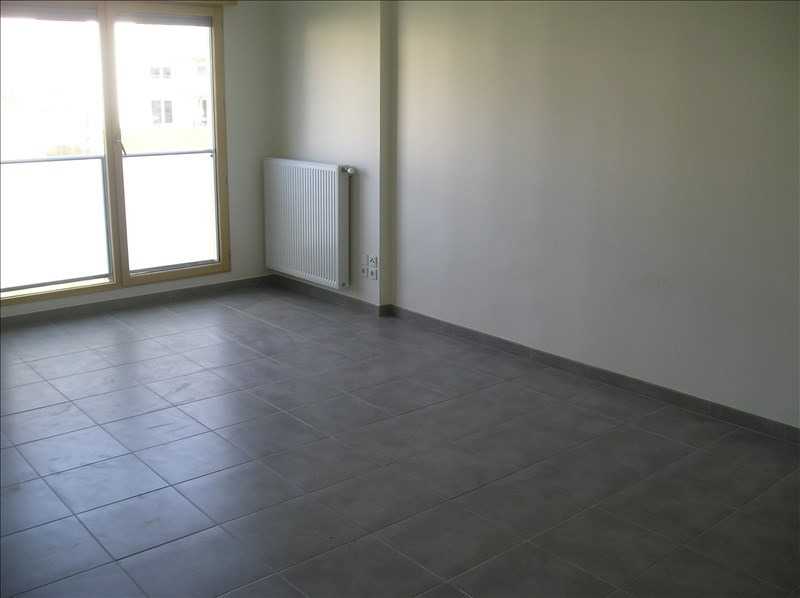 Rental apartment Prevessin-moens 1 329€ CC - Picture 2