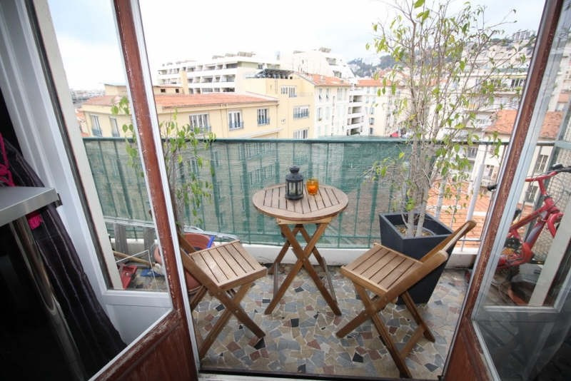 Vente appartement Nice 242 000€ - Photo 2