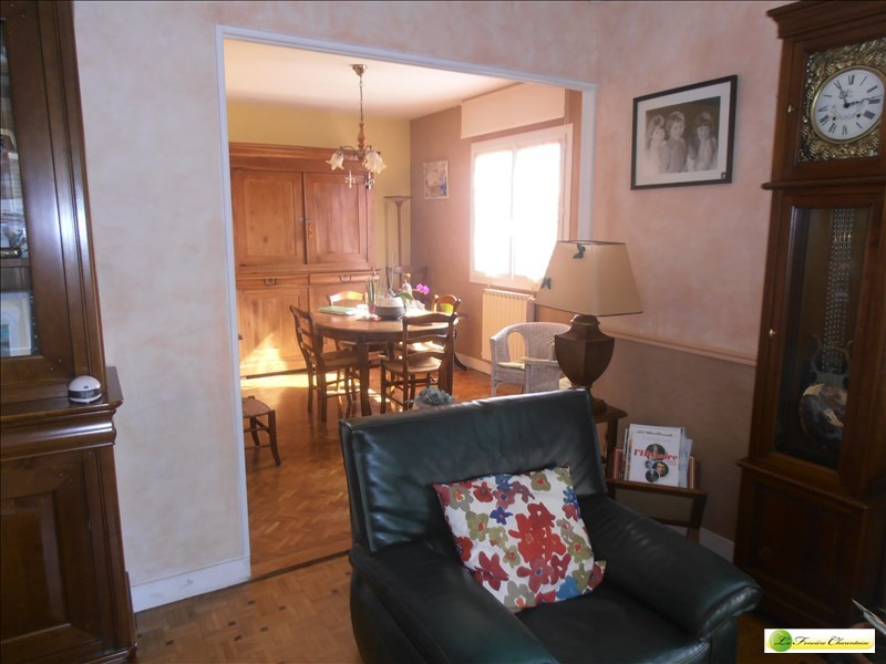 Sale house / villa Ruelle sur touvre 203000€ - Picture 8