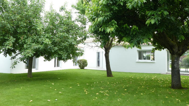 Deluxe sale house / villa Marsilly 875000€ - Picture 10