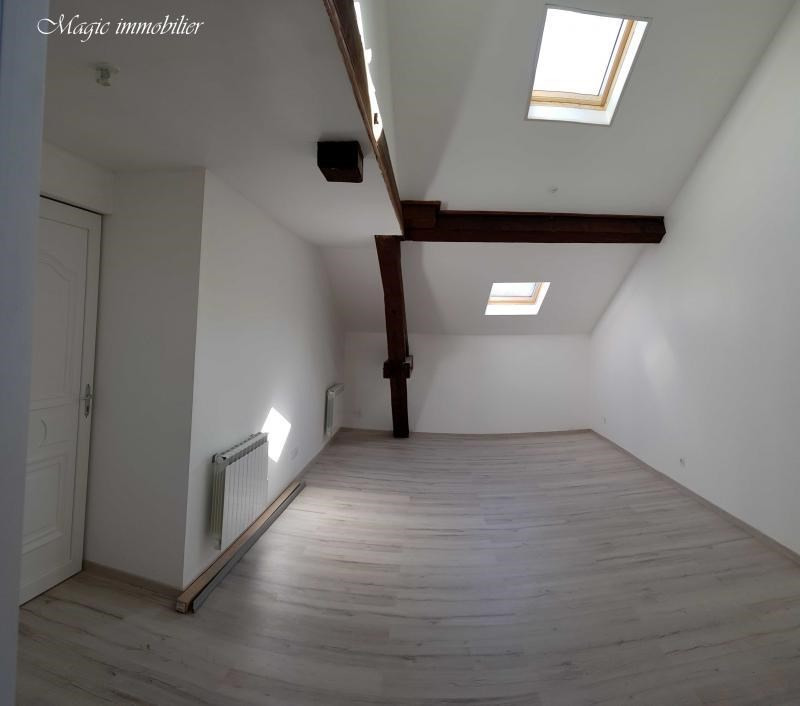 Rental apartment Oyonnax 365€ CC - Picture 3