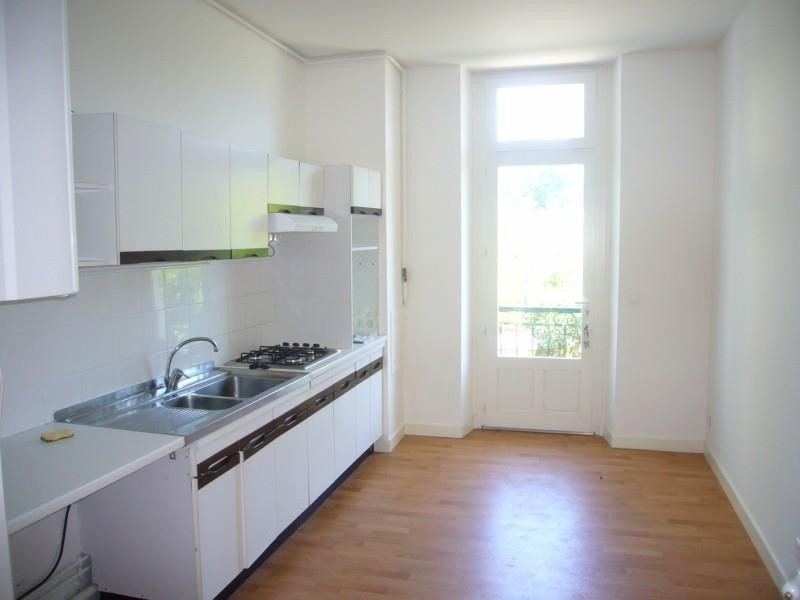 Location appartement Pau 851€ CC - Photo 1
