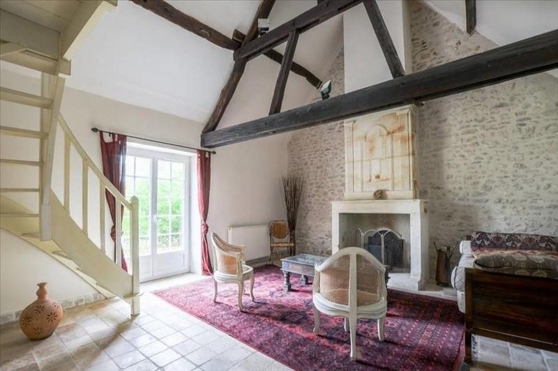 Deluxe sale house / villa Montfort l amaury 560000€ - Picture 2