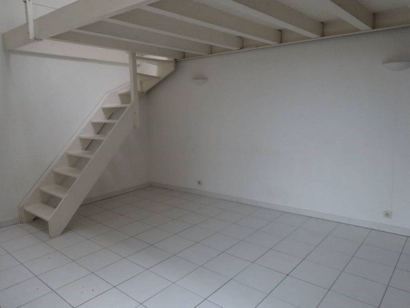 Rental apartment Avignon 439€ CC - Picture 3