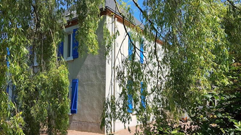 Sale house / villa Cholet 468000€ - Picture 1
