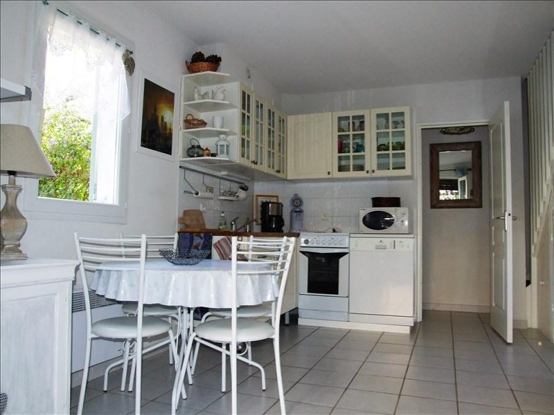 Sale house / villa La londe les maures 244400€ - Picture 2