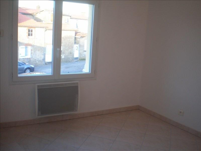 Location maison / villa Cugand 520€cc - Photo 4