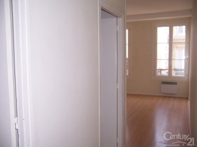 Locação apartamento 14 464€ CC - Fotografia 1