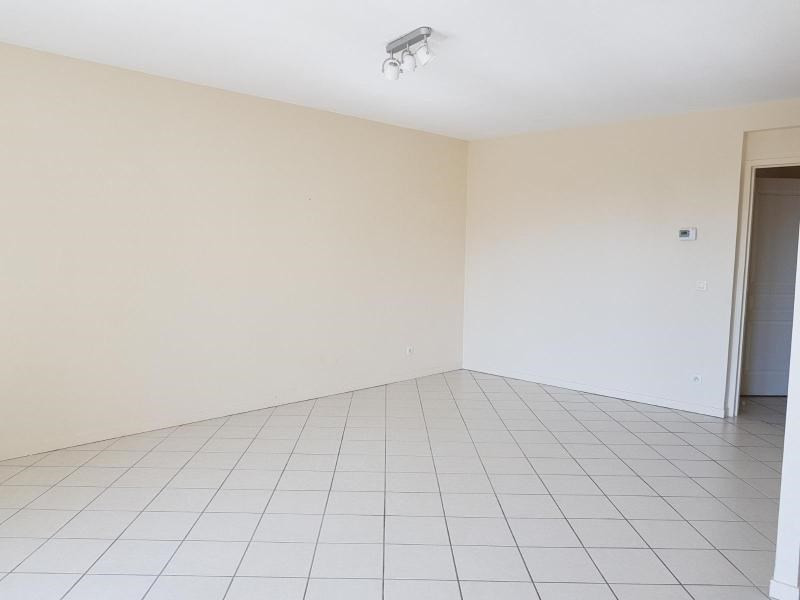 Location appartement Goncelin 786€ CC - Photo 5