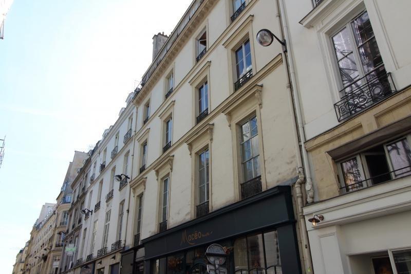 Sale apartment Paris 1er 999000€ - Picture 1
