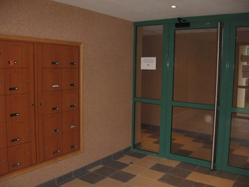 Vendita appartamento Saint-genis-laval 170000€ - Fotografia 2