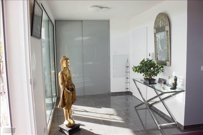 Deluxe sale apartment Carqueiranne 880000€ - Picture 7