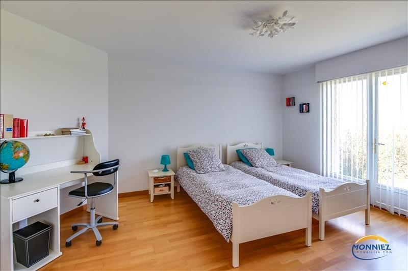 Vente maison / villa Cassel 436800€ - Photo 8