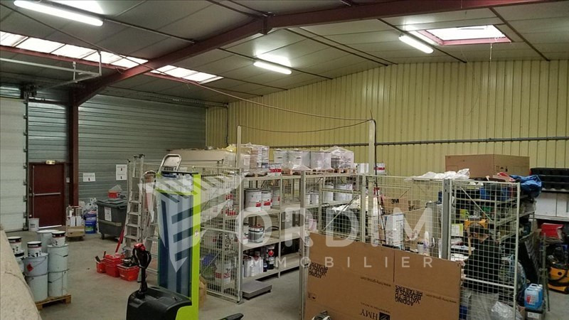Location local commercial Auxerre 2179€ HC - Photo 5