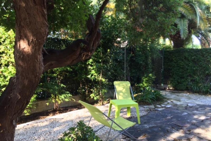 Vacation rental apartment Juan-les-pins  - Picture 1