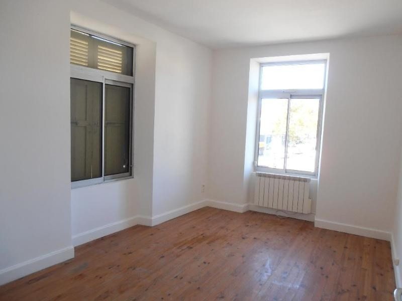 Location appartement Montreal la cluse 555€ CC - Photo 2