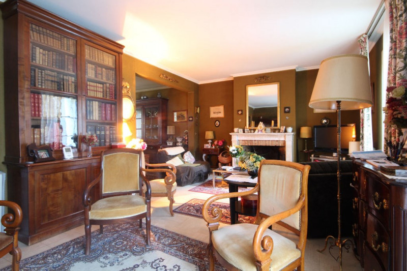 Sale house / villa Mareil marly 730000€ - Picture 2