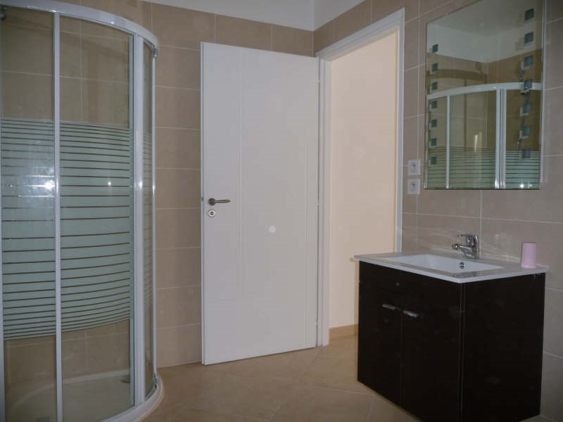 Rental apartment Menton 544€ CC - Picture 3