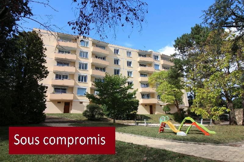 Sale apartment Vernaison 151000€ - Picture 1