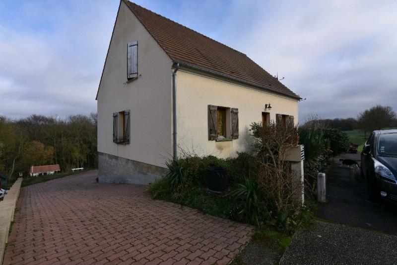 Sale house / villa Neuilly en thelle 273000€ - Picture 2
