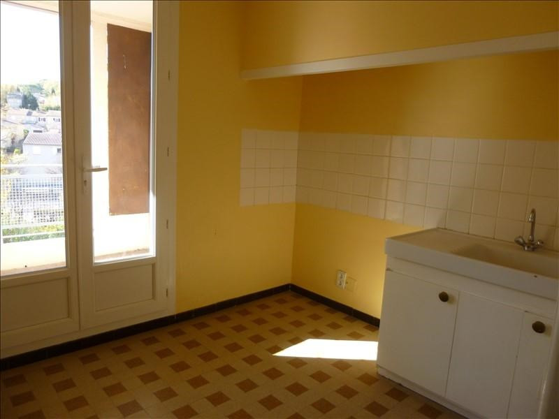 Rental apartment Manosque 560€ CC - Picture 2