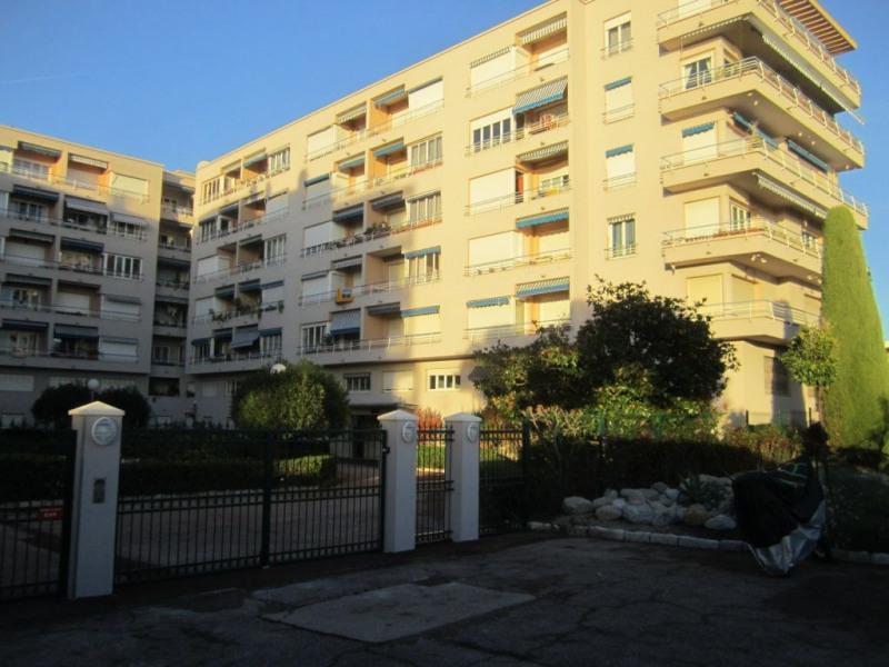 Location appartement Cagnes sur mer 495€ CC - Photo 5