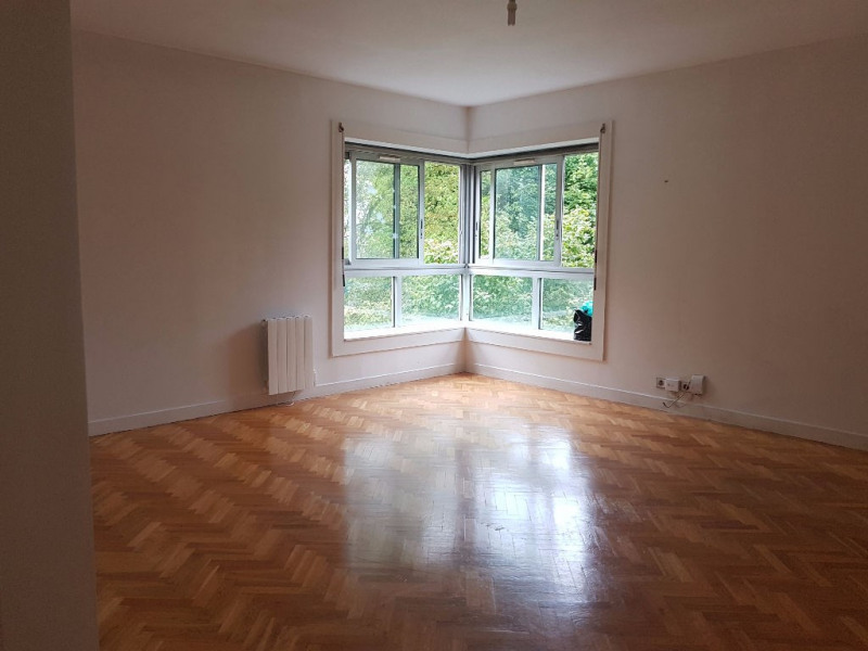 Location appartement Saint germain en laye 1 650€ CC - Photo 2