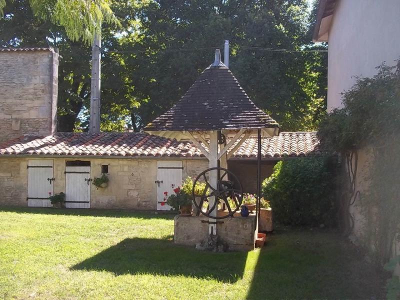 Vente maison / villa Cherves-richemont 297000€ - Photo 12