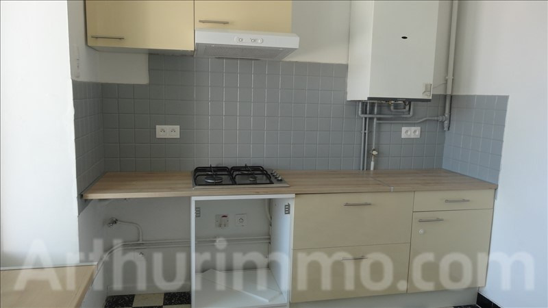 Location appartement Lodeve 650€ CC - Photo 3