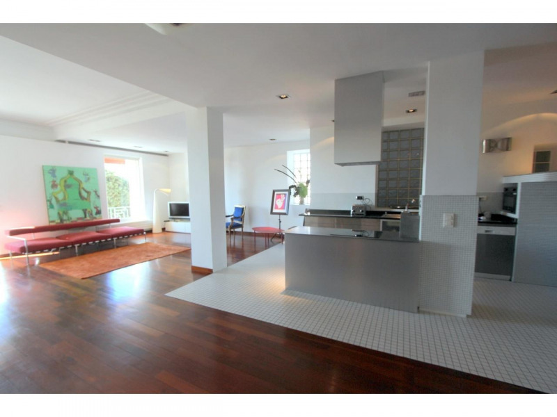 Deluxe sale apartment Nice 845000€ - Picture 2