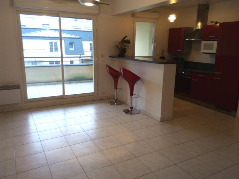 Rental apartment Gretz-armainvilliers 1090€ CC - Picture 4
