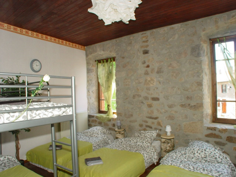 Vente maison / villa St agreve 149000€ - Photo 8