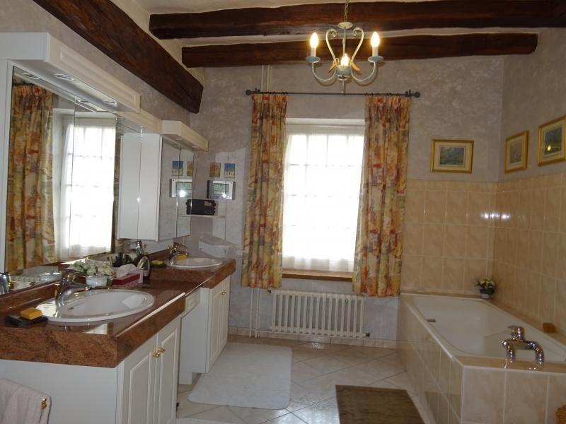 Vente maison / villa Ambillou 299800€ - Photo 9
