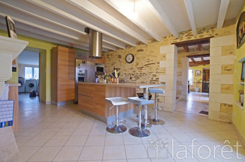 Sale house / villa Montilliers 357 000€ - Picture 1