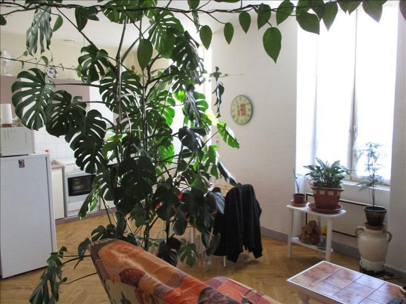 Location appartement Ruelle sur touvre 420€ CC - Photo 3