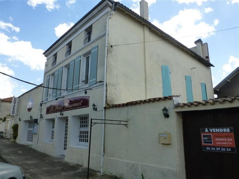 Sale house / villa Saint-jean-d'angély 117000€ - Picture 1